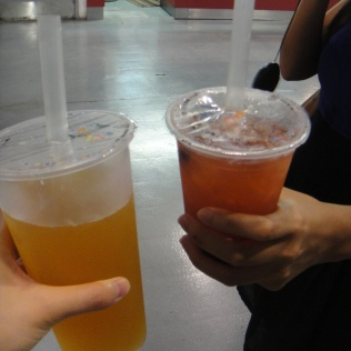 passion fruit green tea & strawberry green tea with tapioca